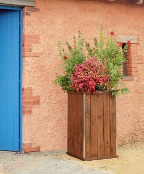 jardinera de madera design cuadrada alta venta jardinera de madera design cuadrada alta. Black Bedroom Furniture Sets. Home Design Ideas